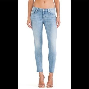 MOTHER Looker Ankle Fray in Clear as Day jeans